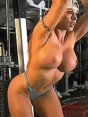 http://promo.foxes.com/pics/April-Hunter_-_Fourhourbody-Naked-Workout?PA=2361051
